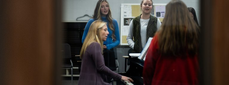 20+ Surefire Ways to Warm Up Your Choir